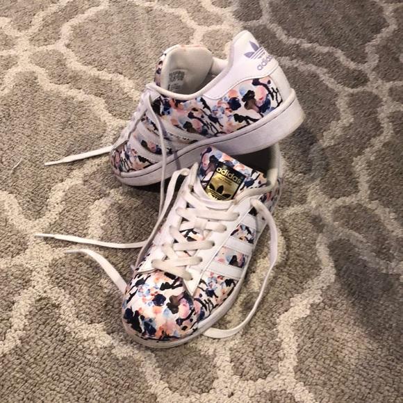 Adidas superstar girls shoes
